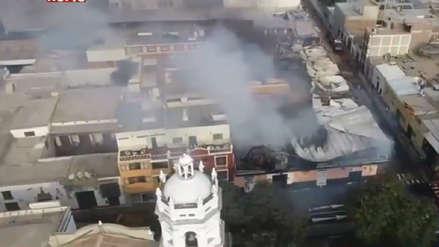 Hidrantes en mal estado obstaculizan trabajo de bomberos