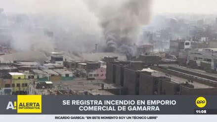 Un incendio se registra en plena zona comercial de Gamarra