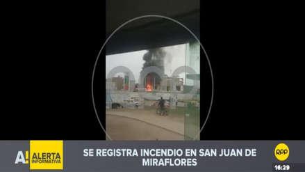 Un incendio afecta vivienda en San Juan de Miraflores