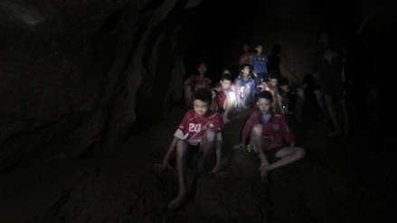 Director de documental de Justin Bieber quiere hacer filme de niños rescatados en Tailandia