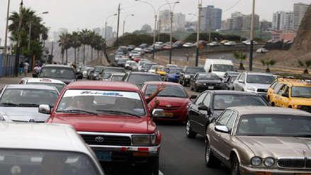 Venta de automóviles cayó 26% en junio por alza del ISC