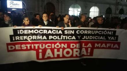 CNM: Cientos marchan en Lima contra corrupción revelada en audios