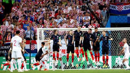 Con golazo de tiro libre de Trippier, Inglaterra se adelanta en el marcador ante Croacia