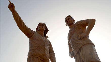 FIFA quedó sorprendida con las estatuas de Ricardo Gareca y Paolo Guerrero