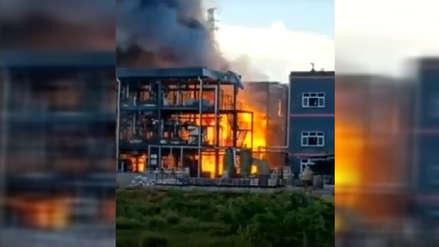 China: Al menos 19 muertos tras explosión en una planta química de Sichuan