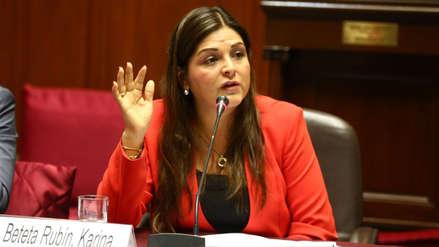 """La congresista Karina Beteta dijo que ella """"podría ser"""" la 'Señora K'"""
