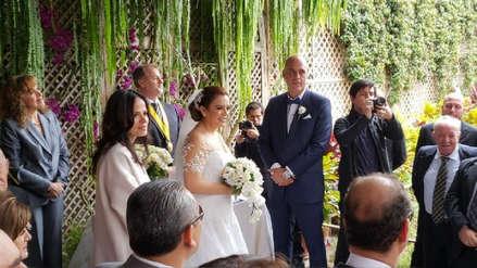 El baile de Milagros Leiva y el empresario Johnny Garib Garib en su boda
