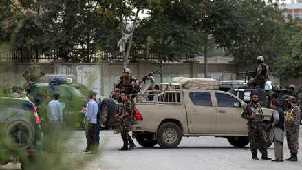 Al menos 8 muertos y 15 heridos dejó ataque suicida contra ministerio en Kabul