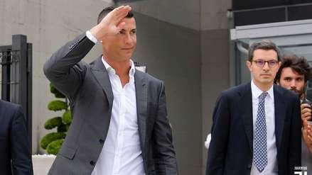El cálido recibimiento de Cristiano Ronaldo a su llegada a la Juventus para los exámenes médicos