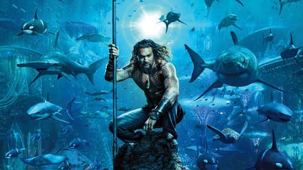 """""""Aquaman"""": Jason Momoa se luce como el dios atlante en el póster oficial de la cinta"""