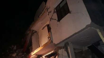 Al menos tres muertos tras derrumbe de edificio de seis pisos en India