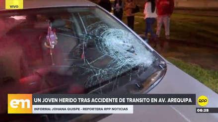 Un automóvil atropelló a un joven que cruzó imprudentemente la avenida Arequipa