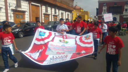 Realizan pasacalle por el 197 aniversario patrio en Trujillo