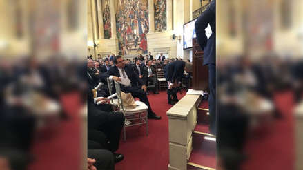 Senador se bajó los pantalones en instalación del Congreso en Colombia
