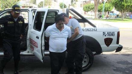 Detienen a párroco de Guadalupe en hostal con menor de edad