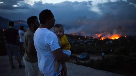 Cinco muertos y más de 20 heridos por incendios forestales en Grecia