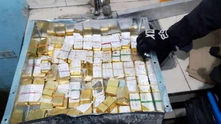 Incautan en una casa de Cali 54 kilos de oro en lingotes del Clan del Golfo