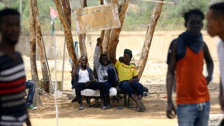 Sudán: Rescatan a 80 menores que pasaron meses encerrados en contenedores por traficantes de personas