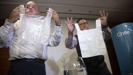 Chile: Crean bolsas plásticas solubles en agua que no contaminan