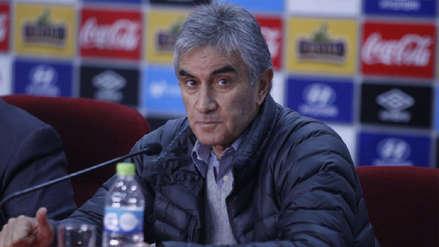 Juan Carlos Oblitas continúa en la FPF pese a la incertidumbre que ronda en la Videna