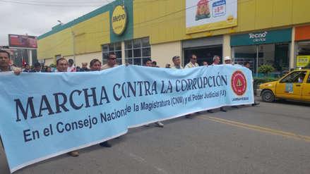 Chiclayanos continúan en pie de lucha rechazando actos de corrupción