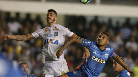 Flamengo con Paolo Guerrero, igualó 1-1 con Santos por el Brasileirao