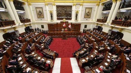 Posturas a favor y en contra del referéndum de reelección congresal