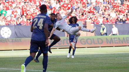 Liverpool goleó al Manchester United con golazo incluido de Xherdan Shaqiri