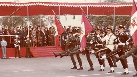Fotos | Así era la Parada Militar en 1981