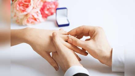 ¿Cómo elegir un anillo de compromiso? Estas son las cuatro cosas que debes tener en cuenta