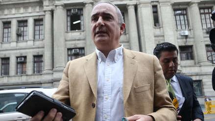 Alex Kouri asegura que César Hinostroza le ofreció rebajar su condena