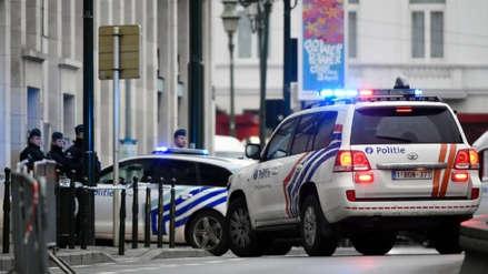 Hombre murió tras detonarse un cinturón de explosivos en un campo de fútbol vacío en Bélgica
