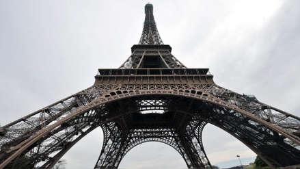 La Torre Eiffel fue cerrada por conflicto laboral a causa de largas filas de espera