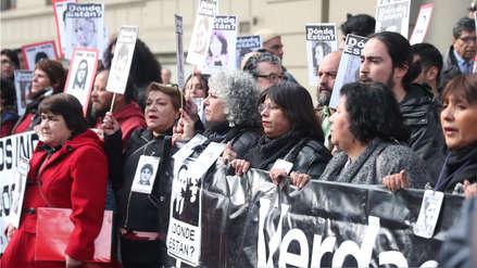 Chile | Víctimas de Pinochet protestaron contra la liberación de exagentes condenados