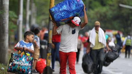 Colombia regulariza temporalmente a 443 mil venezolanos que migraron por crisis