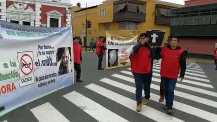 Con ataúd sensibilizan para evitar accidentes de tránsito de Trujillo