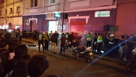 Varón es asesinado de dos puñaladas en el cercado de Arequipa