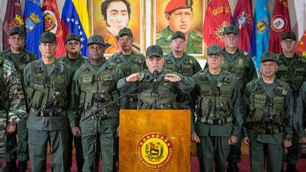 Militares expresan su respaldo a Nicolás Maduro tras atentado