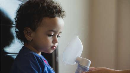 A mi hijo le silba el pecho: ¿Qué es la bronquiolitis?