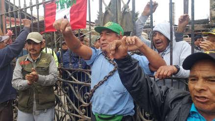 Tumán   Trabajadores se declaran en 'desobediencia civil' por retorno de empresa ligada a Oviedo