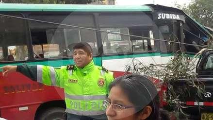 Triple choque en Pueblo Libre deja ocho heridos