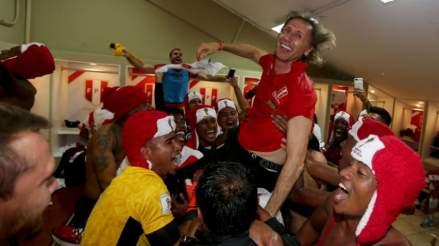 Ricardo Gareca renovó su contrato por cuatro años con la FPF