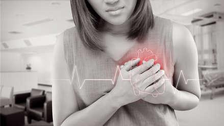 Mujeres tendrían más probabilidad de sobrevivir a un infarto cardíaco si son atendidas por doctoras, según estudio