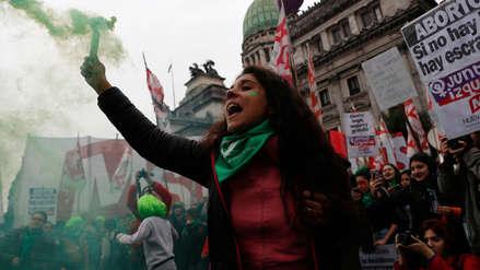 Gobierno de Argentina descartó convocar a referéndum por legalización del aborto