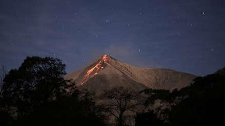 El volcán de Fuego registró una explosión fuerte y avalanchas