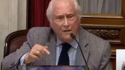 Senador de Argentina contó en debate que vivió