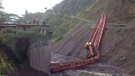 Cusco | Un puente se cayó mientras pasaba camión de 15 toneladas