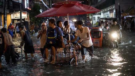 Miles de personas tuvieron que evacuar de la capital de Filipinas debido a inundaciones