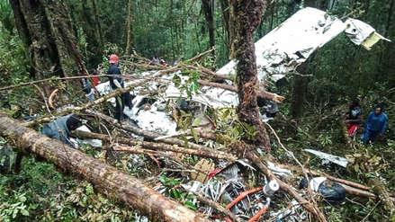 Un niño sobrevivió y ocho murieron en un accidente aéreo en Indonesia