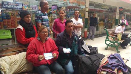 Estafan a 60 venezolanos y los dejan abandonados en Chiclayo